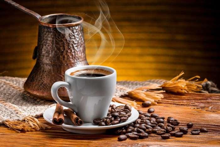 Kahve Kağıt ve Tarot Falı Baktırabilirsiniz